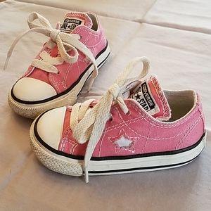 Pink Converse Size 5